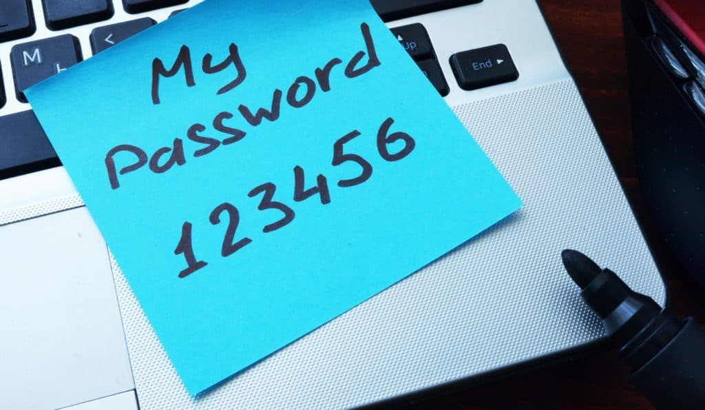 keyboard with password on post it